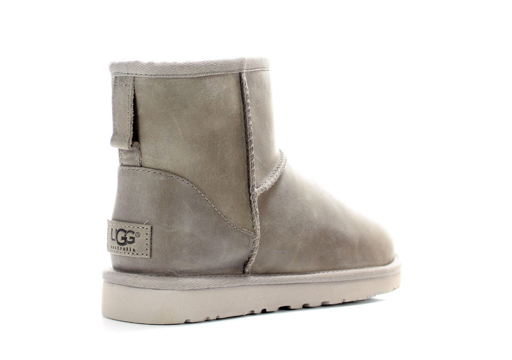 Ugg Classic Short Leather Dames